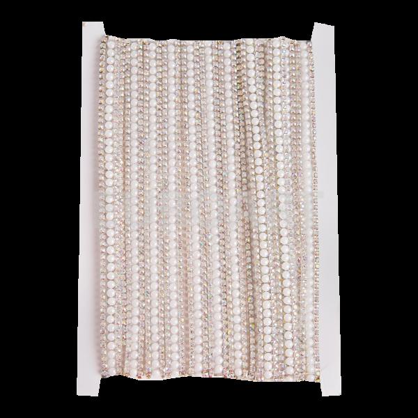 Stras metal si sticla alb pe banda textil 4,5m